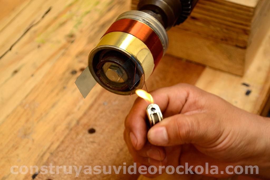 retirar el barniz del alambe