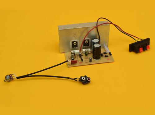 Amplificador Monofónico de 100 Watts con Transistores PNP