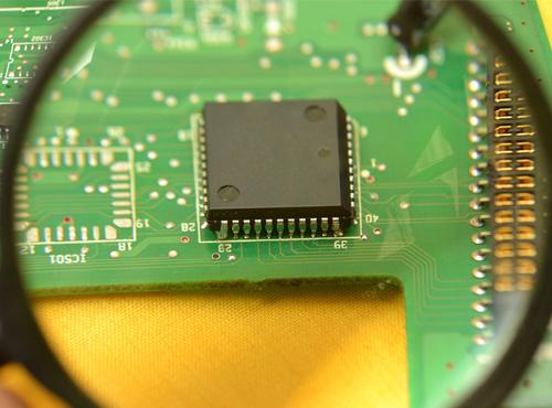 Como Cambiar un Componente Electrónico de Superficie (SMD)