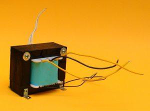 transformador amplificador