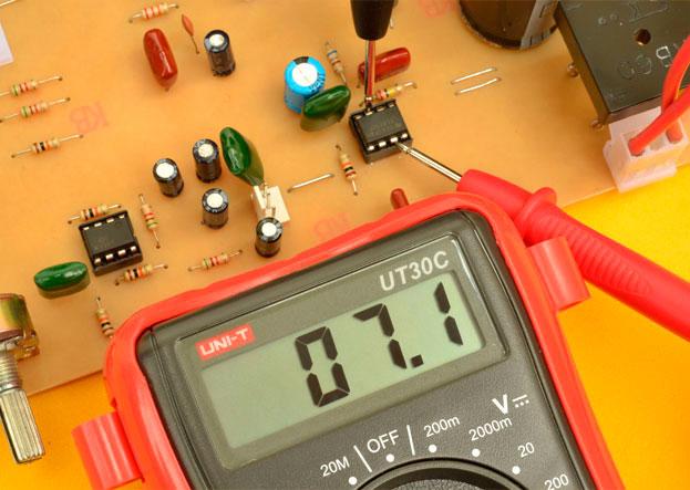 medir voltaje OP amp