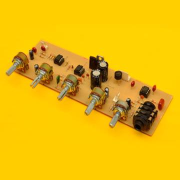 Preamplificador Estéreo con EQ de 3 Bandas y Entrada de Micrófono Independiente